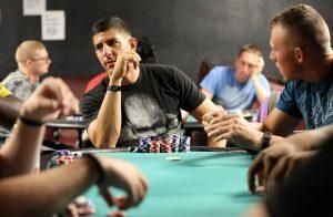 poker spelen casinoluck.nl